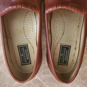 Bostonian Shoes - Bostonian  Brown leather tassel loafers. Pre-owned
